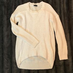 Sweaters - Dynamite sweater